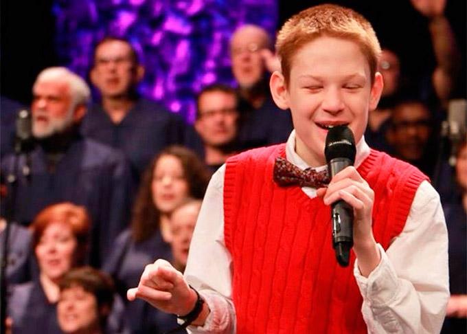 Ein autistischer, blinder  Junge erobert die Herzen