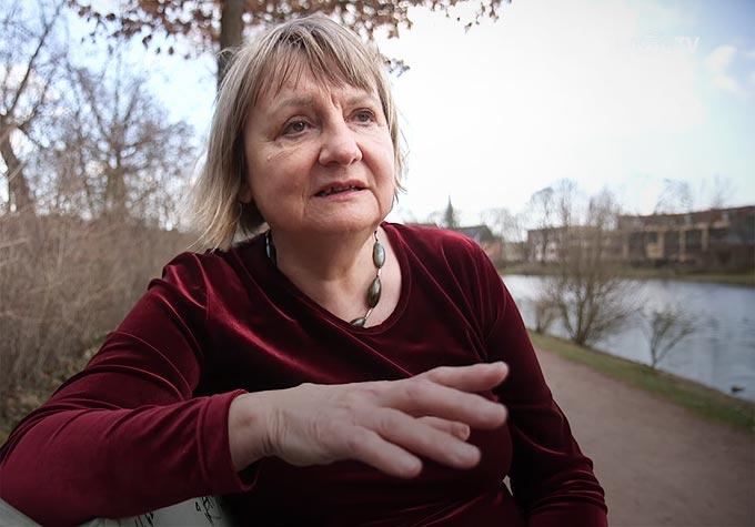 DDR-Bürgerrechtlerin: Wer demonstriert ist schon ein Nazi